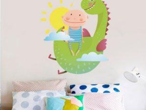 Παιδάκι με δράκο Παιδικά Αυτοκόλλητα τοίχου 45 x 50 εκ.