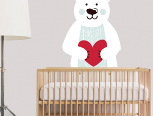 Αρκούδος που κρατάει καρδούλα Παιδικά Αυτοκόλλητα τοίχου 40 x 51 εκ.