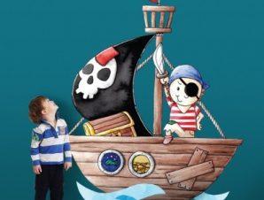 Μικρός πειρατής στη βάρκα Παιδικά Αυτοκόλλητα τοίχου 42 x 35 cm