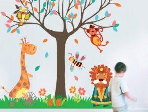 Ζώα κάτω από το δέντρο Παιδικά Αυτοκόλλητα τοίχου 151 x 151 εκ.