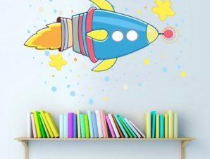 Διαστημόπλοιο πολύχρωμο Παιδικά Αυτοκόλλητα τοίχου 73 x 52 εκ.