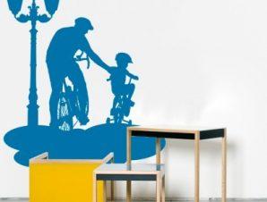 Ποδηλασία πατέρα με παιδί Παιδικά Αυτοκόλλητα τοίχου 50 x 62 εκ.