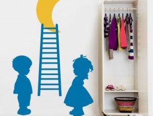 Παιδάκια μπλε σκάλα Παιδικά Αυτοκόλλητα τοίχου 40 x 64 εκ.