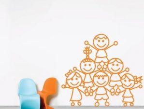 Παιδάκια στο σχολείο Παιδικά Αυτοκόλλητα τοίχου 56 x 50 εκ.