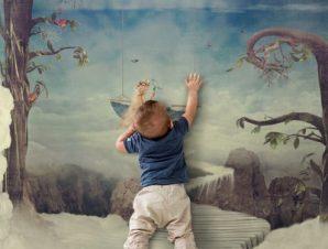 Φανταστική πόλη ψηλά στον ουρανό Παιδικά Ταπετσαρίες Τοίχου 100 x 100 εκ.