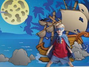 Νυχτερινό ναυάγιο Παιδικά Ταπετσαρίες Τοίχου 100 x 100 εκ.