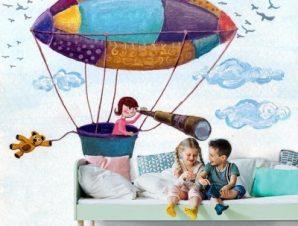 Παιδάκι σε αερόστατο Παιδικά Ταπετσαρίες Τοίχου 100 x 100 εκ.