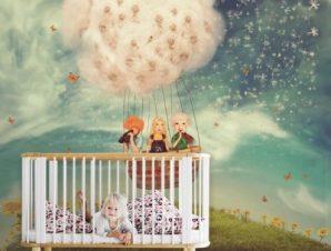 Παιδιά σε μπαλόνι Παιδικά Ταπετσαρίες Τοίχου 100 x 100 εκ.