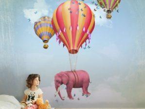 Ροζ ελεφαντάκι σε αερόστατο Παιδικά Ταπετσαρίες Τοίχου 100 x 100 εκ.